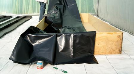Rollo de pl stico negro de 80 kgs 6 m de ancho calibre - Hule por metros ...